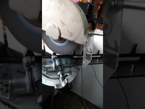 Afilar cortaseto con maquina Stihl USG cortasetos Stihl afilado cuchilla Stihl USG USG cortaseto