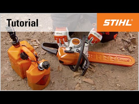 Filling a STIHL chainsaw with fuel and chain oil