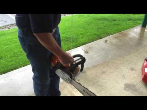 STIHL MS 261 C-M Chainsaw Operation