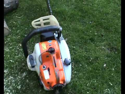 Chainsaw Stihl 08s  running and cutting.